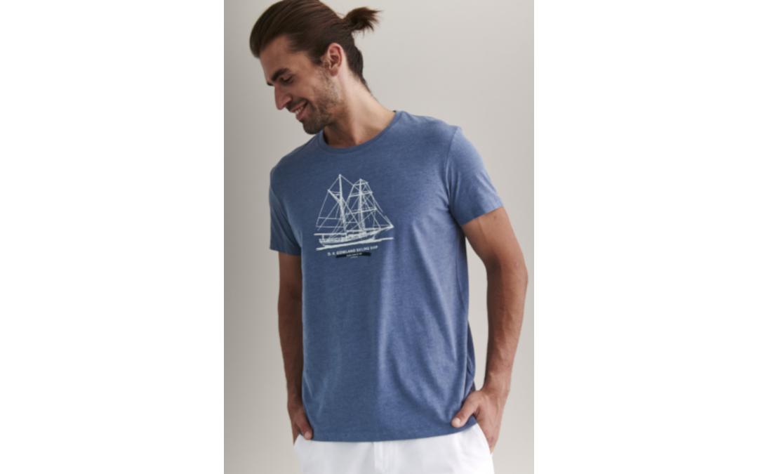 T-shirty w supercenach